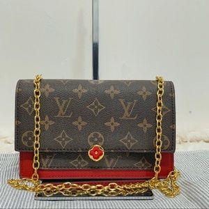 Louis Vuitton 8 x 4 x 1.5 red